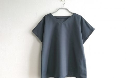袖付けなしで簡単完成!綿ポリで作る大人用半袖ブラウスの作り方|ハンドメイド 初心者のための洋裁メディア縫いナビ|丸石織物