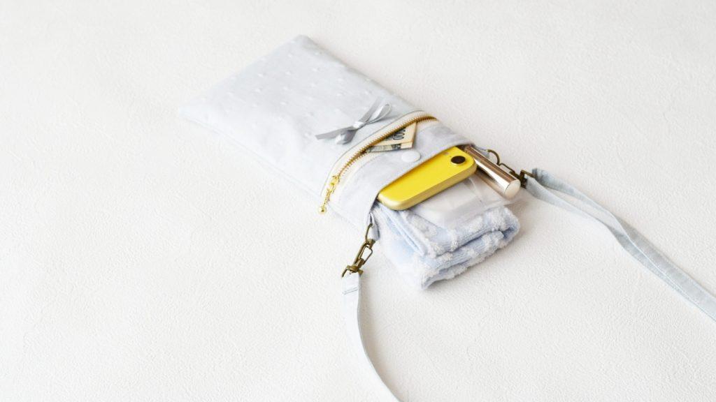 スマホポーチの作り方|完成写真中身入り|ハンドメイド 初心者のための洋裁メディア縫いナビ|丸石織物