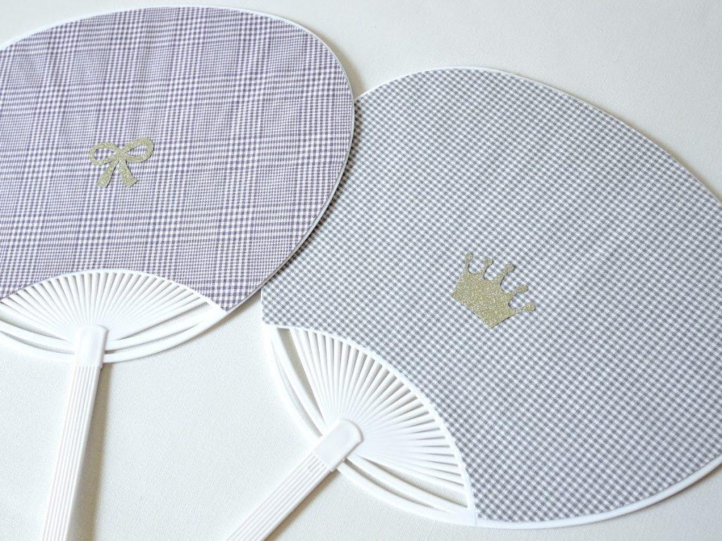夏休みの工作にもぴったり!はぎれと100均材料で簡単かわいいうちわの作り方|シールを貼ったところ|ハンドメイド初心者のための洋裁メディア縫いナビ|丸石織物